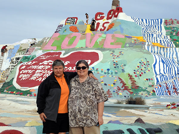 Jackie-and-Connie-Salvation-Mountain