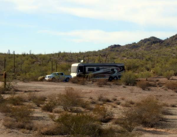 I'm the Worst Blogger Ever and Boondocking in Ajo Arizona